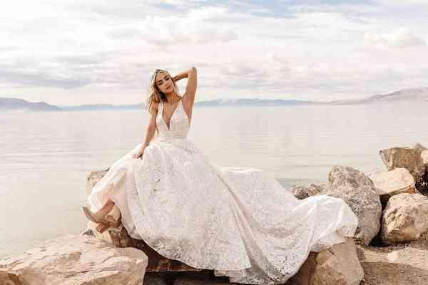 Wedding Dresses Martina Liana